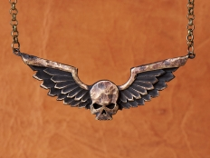 Warhammer 40K Space Marine Adeptus Astartes Winged Skull Pendant Necklace