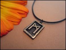 Mannaz Rune Pendant - Man