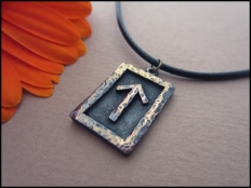Tiwaz  Rune Pendant - Courage